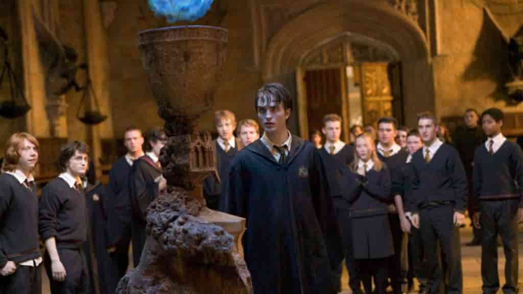 Harry Potter ve Ateş Kadehi özeti