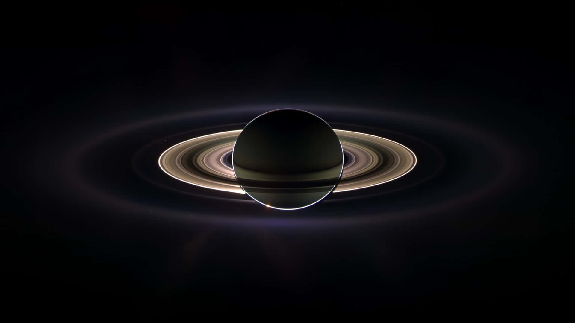 Satürn Gezegenin Etrafında Neden Halkalar Var