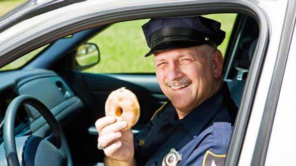 donutyiyen polisler