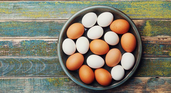 kahverengi ve beyaz yumurtalar