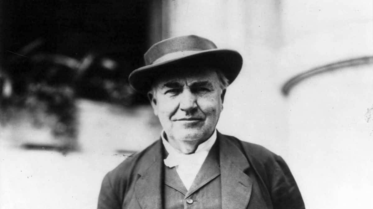 Thomas Edison Vizyoner mi, Mucit mi