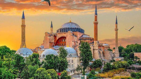 Ayasofya nın Tarihi ve önemi