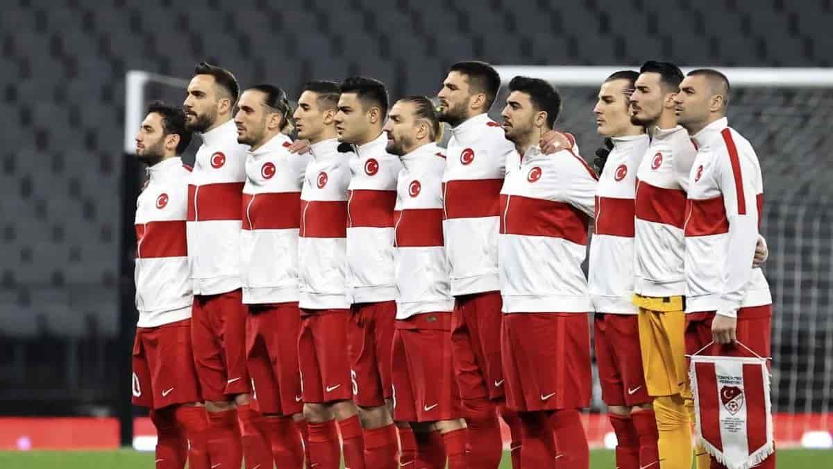 EURO 2020 Maç Öncesi Neden Milli Marş Söyleniyor?